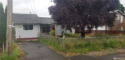 Single Family Home For Sale: 2115 Clinton St