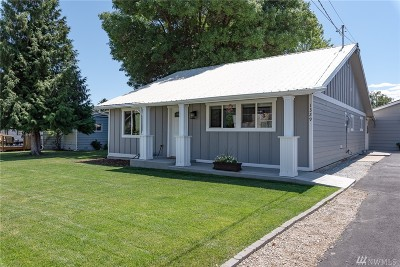 Chelan County Single Family Home For Sale: 1329 Springwater Ave