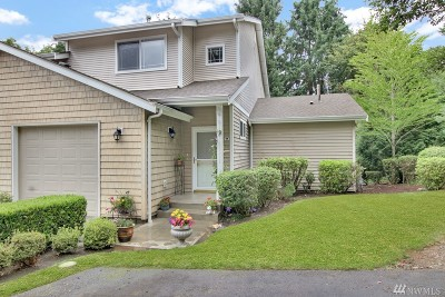 Puyallup Condo/Townhouse For Sale: 2419 S Meridian Ave #C-17