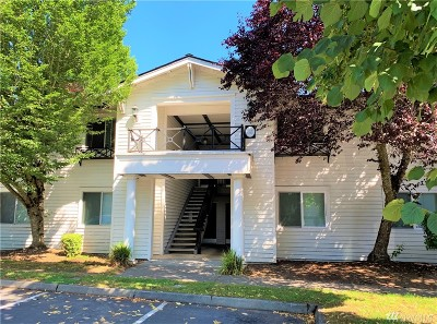 Lynnwood Condo/Townhouse For Sale: 15415 35th Ave W #G202