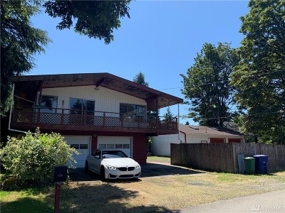 Renton Single Family Home For Sale: 3319 Meadow Ave N