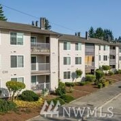 Seattle Condo/Townhouse For Sale: 9008 25th Ave SW #C 202