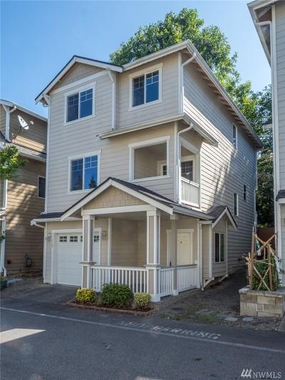 Everett Condo/Townhouse For Sale: 11719 12th Ave W