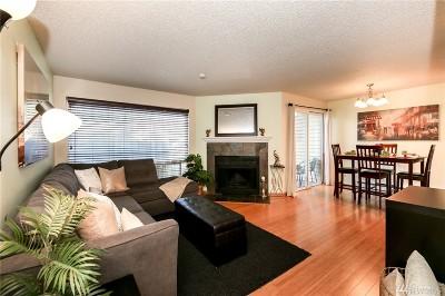 Des Moines Condo/Townhouse For Sale: 23810 12th Place S #504