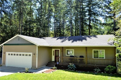 Yelm Single Family Home Pending: 18719 Rampart Dr SE