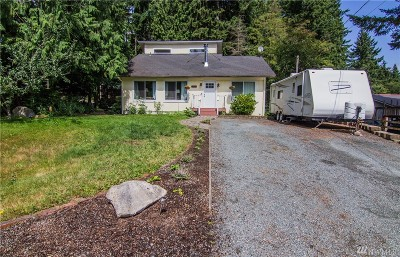 Clinton Single Family Home Pending Inspection: 4145 Timberline Rd