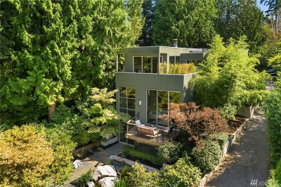 Mercer Island Single Family Home For Sale: 9204 SE 33rd Place