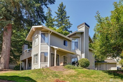 Redmond Condo/Townhouse For Sale: 9009 Avondale Rd NE #I-117