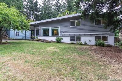 Shoreline Single Family Home For Sale: 111 NE 158th St