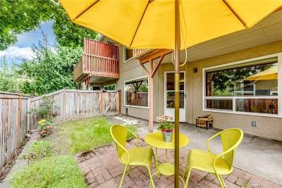 Bainbridge Island Condo/Townhouse Pending: 776 Madison Ave N #776