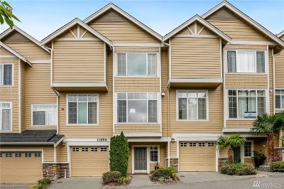 Bellevue Condo/Townhouse For Sale: 11899 SE 4th Place #601