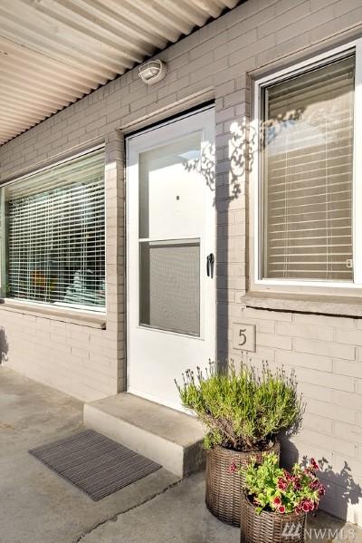 Edmonds Condo/Townhouse For Sale: 223 Dayton St #5