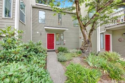 Kirkland Condo/Townhouse For Sale: 10006 NE 124th Place #103