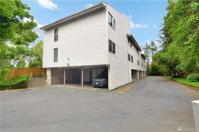 Lynnwood Condo/Townhouse For Sale: 19725 76th Ave W #B-1