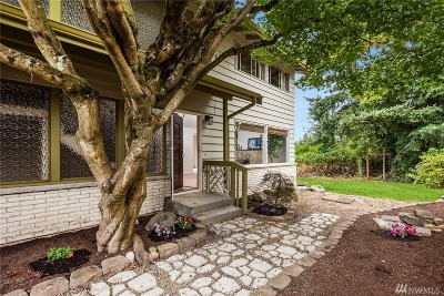 Lynnwood Single Family Home For Sale: 313 155th St SW