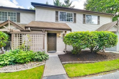 Bothell Condo/Townhouse For Sale: 15600 116th Ave NE #M3