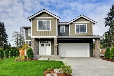 Renton Single Family Home For Sale: 557 Ilwaco Ave NE