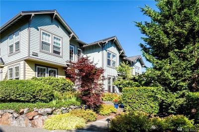 Snoqualmie Condo/Townhouse For Sale: 7720 Fairway Ave SE #402