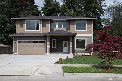 Renton Single Family Home For Sale: 501 Newport Ave SE
