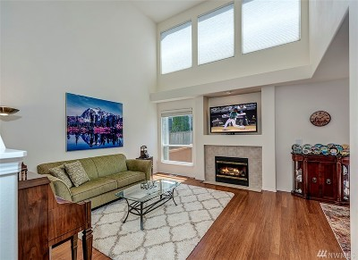 Lynnwood Condo/Townhouse For Sale: 2530 141st Place SW #B