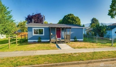 Sedro Woolley Single Family Home For Sale: 212 Gibson St