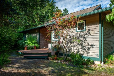 Lummi Island Single Family Home For Sale: 2517 Island View Lane