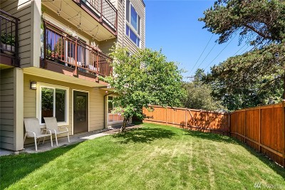 Seattle Condo/Townhouse For Sale: 5844 NE 75th St #A109