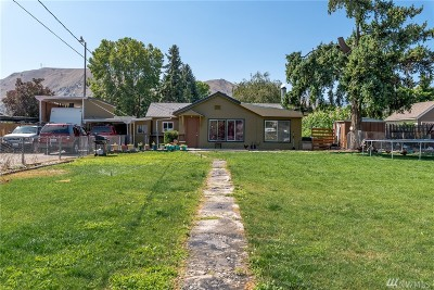 Wenatchee Single Family Home For Sale: 129 S Viewdale St