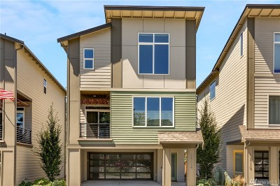 Lynnwood Condo/Townhouse For Sale: 15114 13th Park W #26