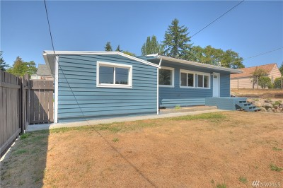 Burien Single Family Home For Sale: 604 S 136 St