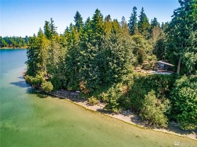 Bainbridge Island Single Family Home For Sale: 12169 Arrow Point Lp NE