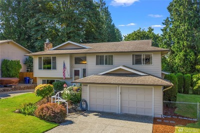 Bothell Single Family Home For Sale: 9809 NE 204th Place