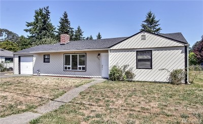 Lakewood Single Family Home For Sale: 9641 Bridgeport Wy SW