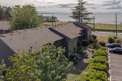 Blaine Condo/Townhouse For Sale: 7650 Birch Bay Dr #O2