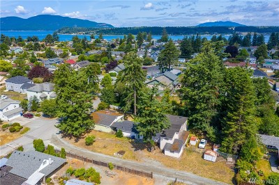 Anacortes Single Family Home For Sale: 1303 H Ave