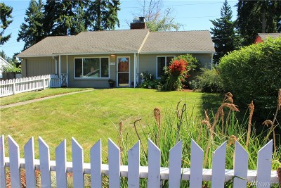 Shoreline Single Family Home For Sale: 1213 N 161st St