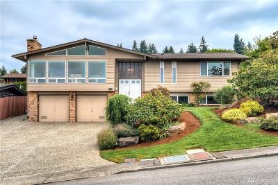 Renton Single Family Home For Sale: 102 Monterey Dr NE