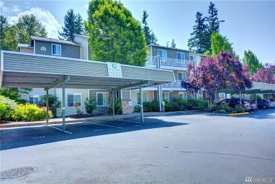Everett Condo/Townhouse For Sale: 12530 Admiralty Wy #G103
