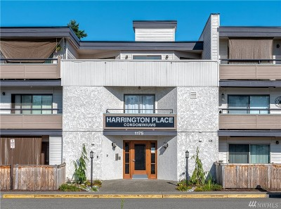 Renton Condo/Townhouse For Sale: 1175 Harrington Place NE #207