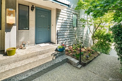 Shoreline Condo/Townhouse For Sale: 19232 15th Ave NE #C3