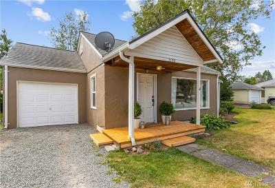 Ferndale Single Family Home For Sale: 2159 Ferndale Terr