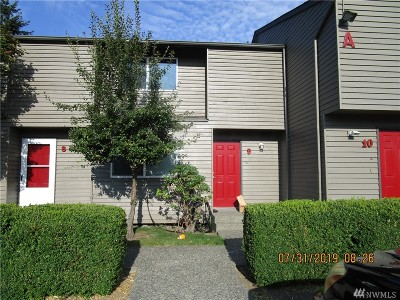 Everett Condo/Townhouse For Sale: 120 124th St SW #A 9