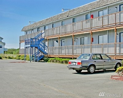 Grays Harbor County Condo/Townhouse Pending: 865 Cuddy Ct NW #106A