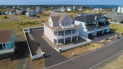 Grays Harbor County Single Family Home Pending Inspection: 1469 E Ocean Shores Blvd