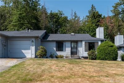 Mount Vernon Condo/Townhouse For Sale: 2631 Club Ct #308