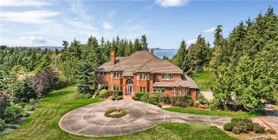 Camano Island Single Family Home For Sale: 206 Amanda Lane