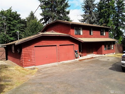 Kenmore Single Family Home For Sale: 8304 NE 156th St