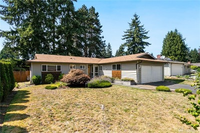 Newcastle Single Family Home For Sale: 7203 123rd Ave SE