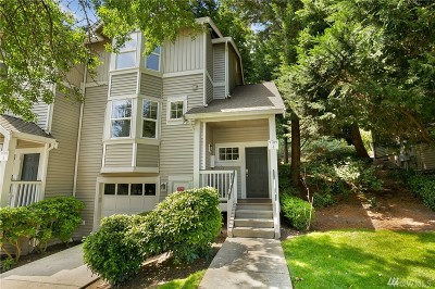 Redmond Condo/Townhouse For Sale: 9709 178th Place NE