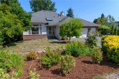 Kenmore Single Family Home Contingent: 19502 65th Ave NE